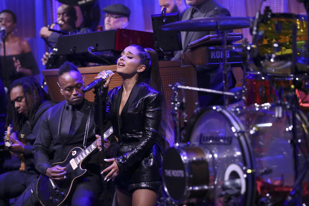 How to Recreate Ariana Grande's Outfit From Jimmy Fallon