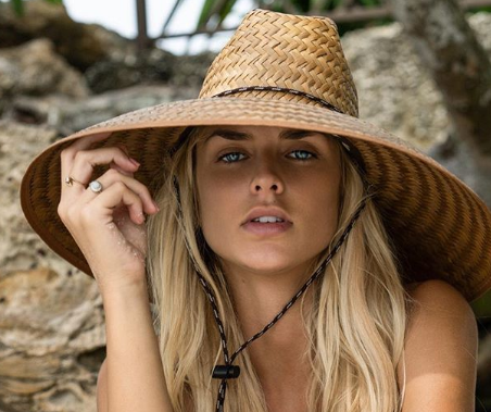 """Exclusive Interview with """"Siesta Key's"""" Kelsey Owens: Get the Scoop on Her Fashion & Beauty Favorites!"""