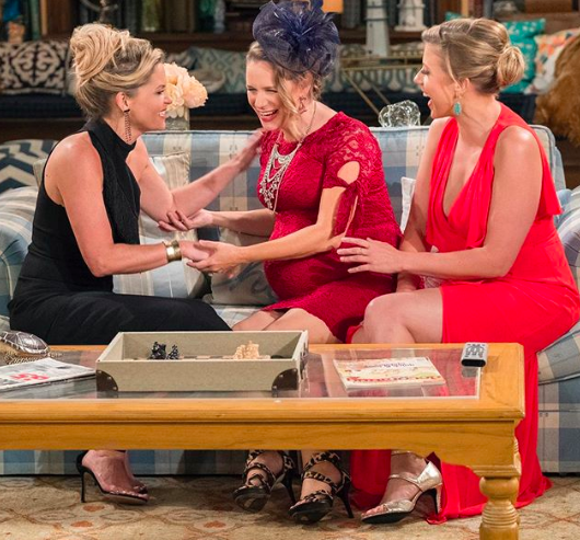 Fuller House, Andrea Barber, Candace Cameron Bure, Jodie Sweetin,