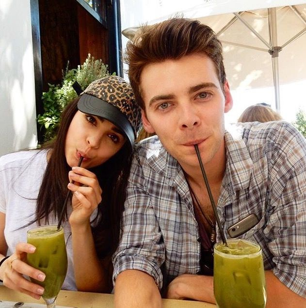 Who is Sofia Carson Currently Dating?
