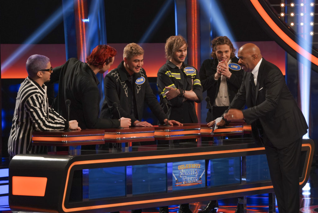 5 Seconds of Summer in 'Celebrity Family Feud' 2019