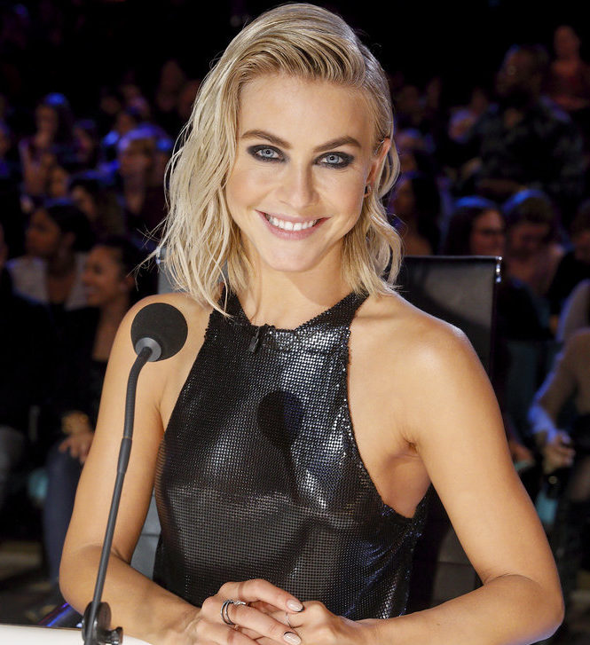 Julianne Hough Is The New Paula Abdul For Simon Cowell On