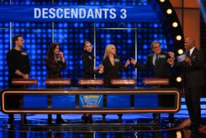 Cast of 'Descendants 3' on 'Celebrity Family Feud'