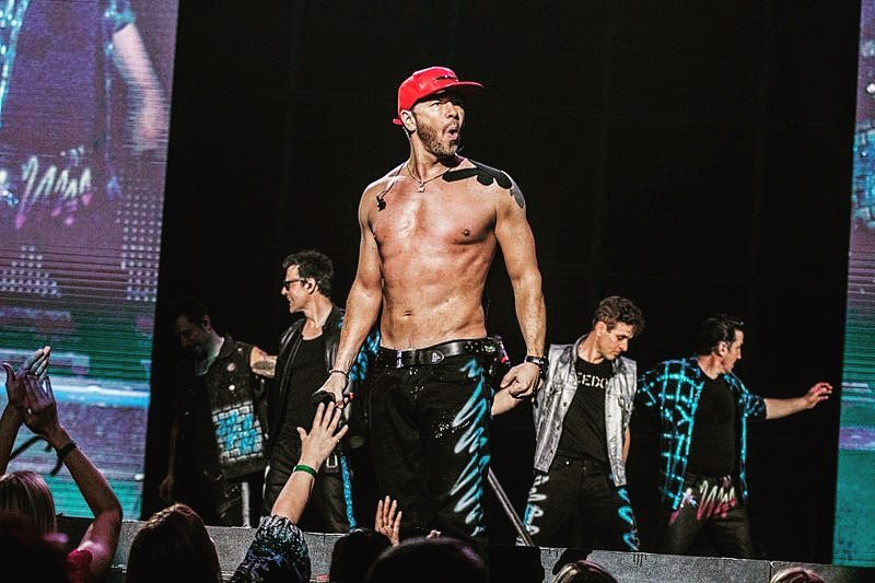 Donnie Walhberg Fun Facts from NKOTB