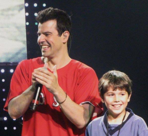 Jordan Knight and son on stage