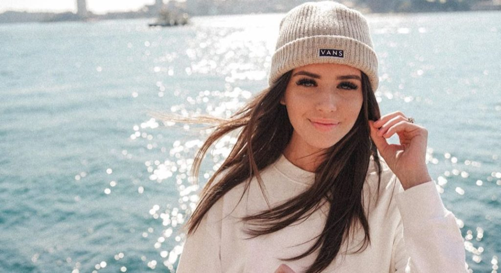 Jess Conte's Style from Her Trip Home to Australia Inside