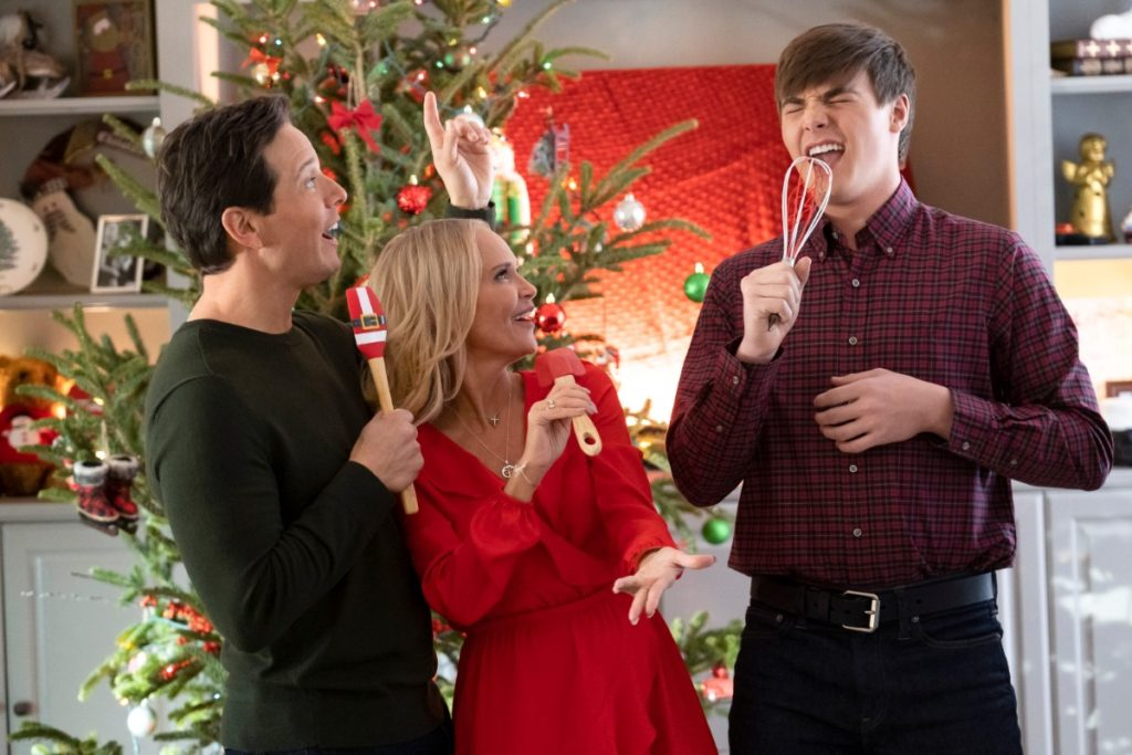 Kristin Chenoweth, Scott Wolf, and Kevin Quinn in A Christmas Love Story on Hallmark Channel