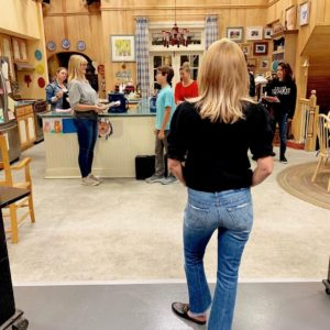 Candace Cameron directing 'Fuller House' episode