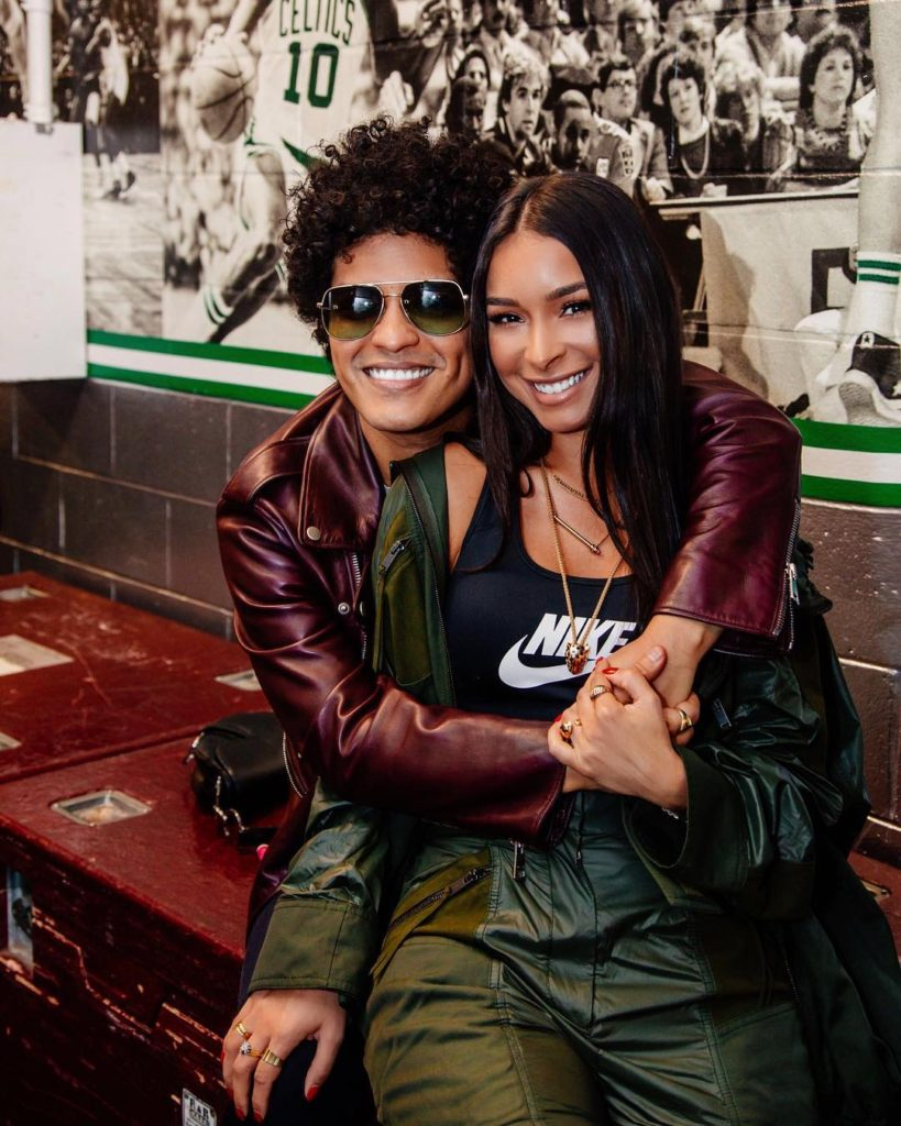 10 Fun Facts about Jessica Caban - Bruno Mars Girlfriend