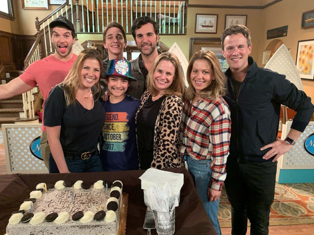Elias Harger and the cast of Fuller House 2019