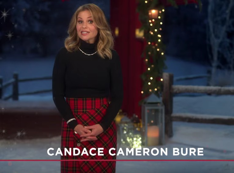 Candace Cameron Bure's plaid skirt from Hallmark Channel commercial
