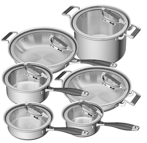 Candace Cameron's cookware