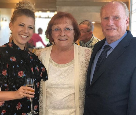 Jodie Sweetin's parents Sam and Janice at their 40th anniversary
