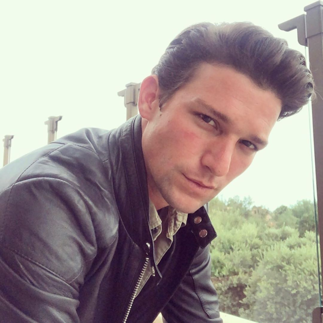 15 Facts About Daren Kagasoff Of Nbc S The Village Feeling The Vibe Magazine People who liked daren kagasoff's feet, also liked 15 facts about daren kagasoff of nbc s