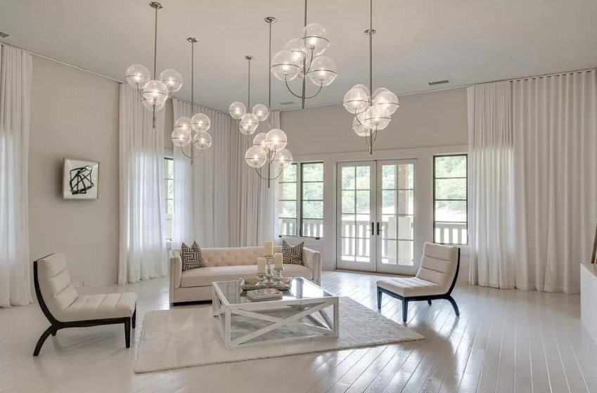 Kristin and Jay Cutler's Forest Hills home interior photos