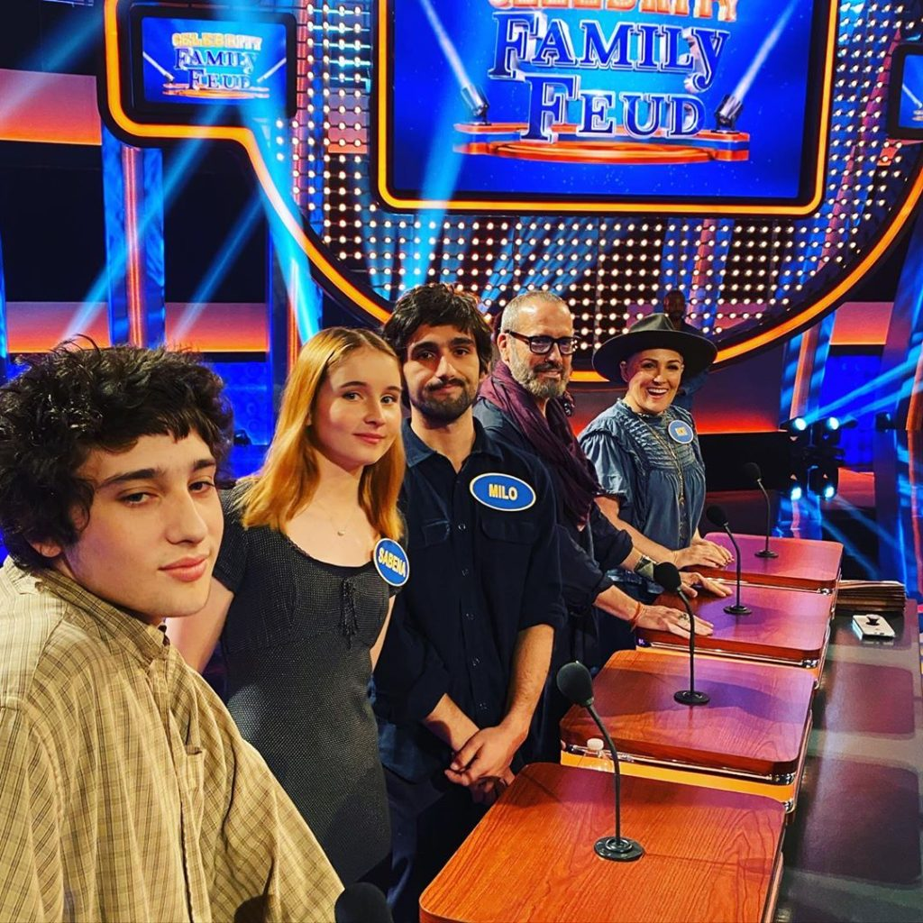 Ricki Lake, Jeff Scult, Milo and family on Celebrity Family Feud