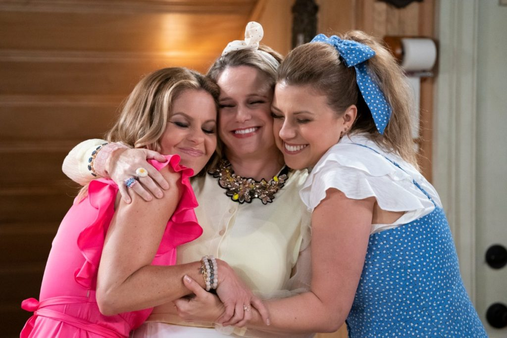 Candace Cameron Bure Reveals 'Fuller House' Season 5 Final Episodes Secret – Premiere Date!