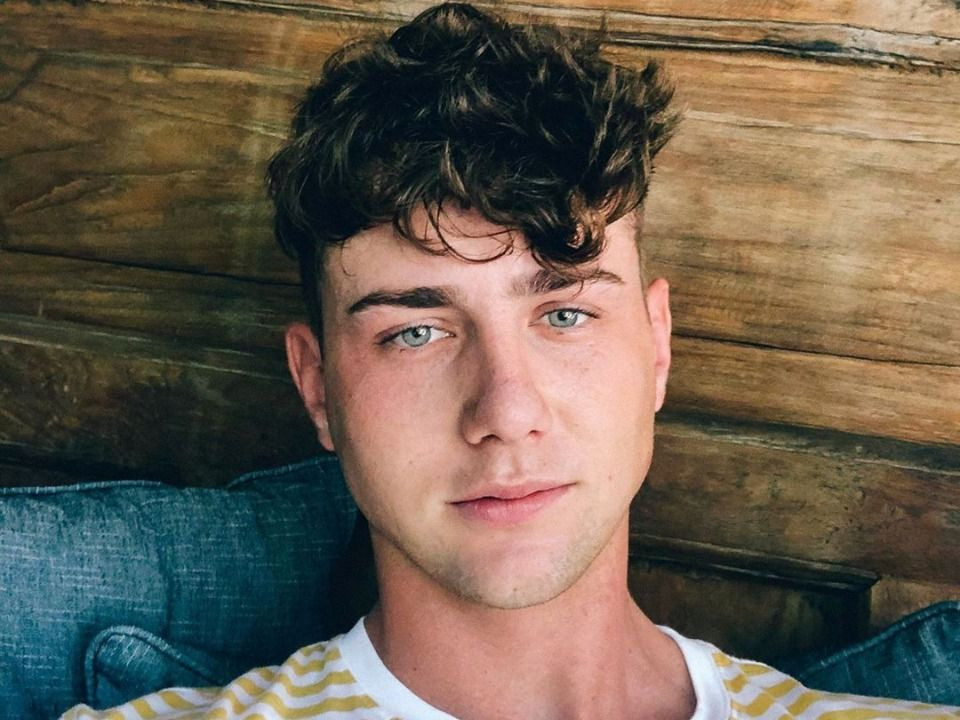 5 Facts About Harry Jowsey from 'Too Hot to Handle'