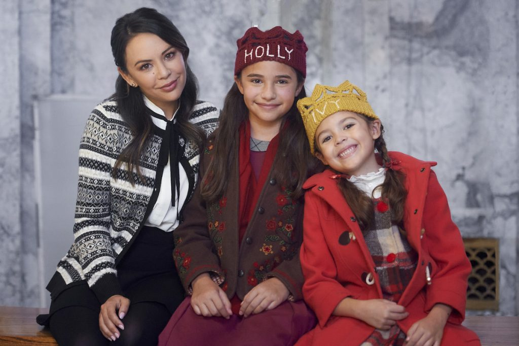 'Holly & Ivy': Janel Parrish, Marisol Nichols, and Jeremy Jordan Star in New Hallmark Movie