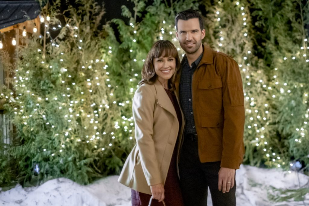 Nikki DeLoach and Benjamin Ayres in Cranberry Christmas on Hallmark Movies & Mysteries