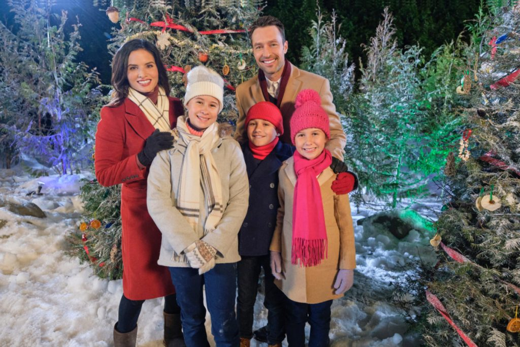 Christmas with the Darlings on Hallmark Channel 2020