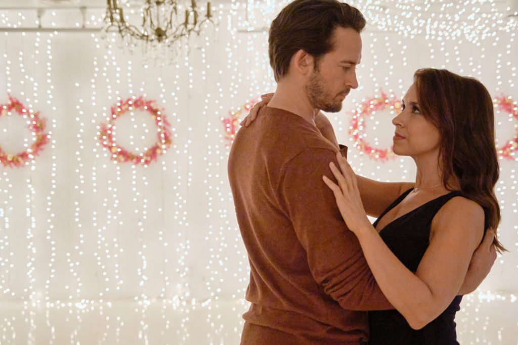 Lacey Chabert and Will Kemp in Christmas Waltz