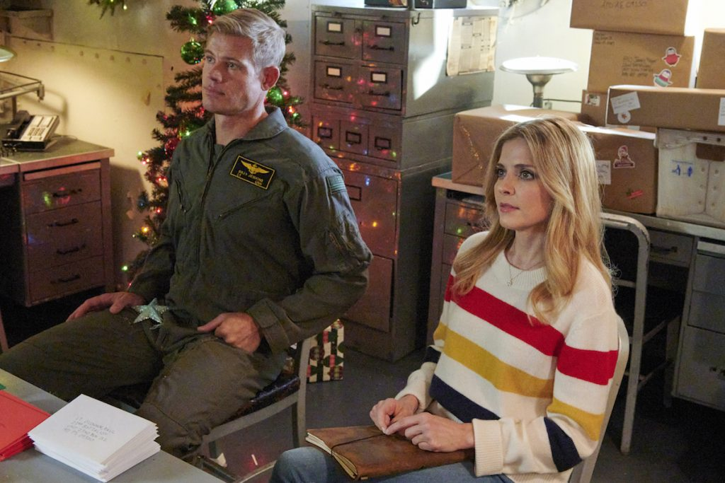 Get the Looks from Hallmark Movies & Mysteries Channel's USS Christmas