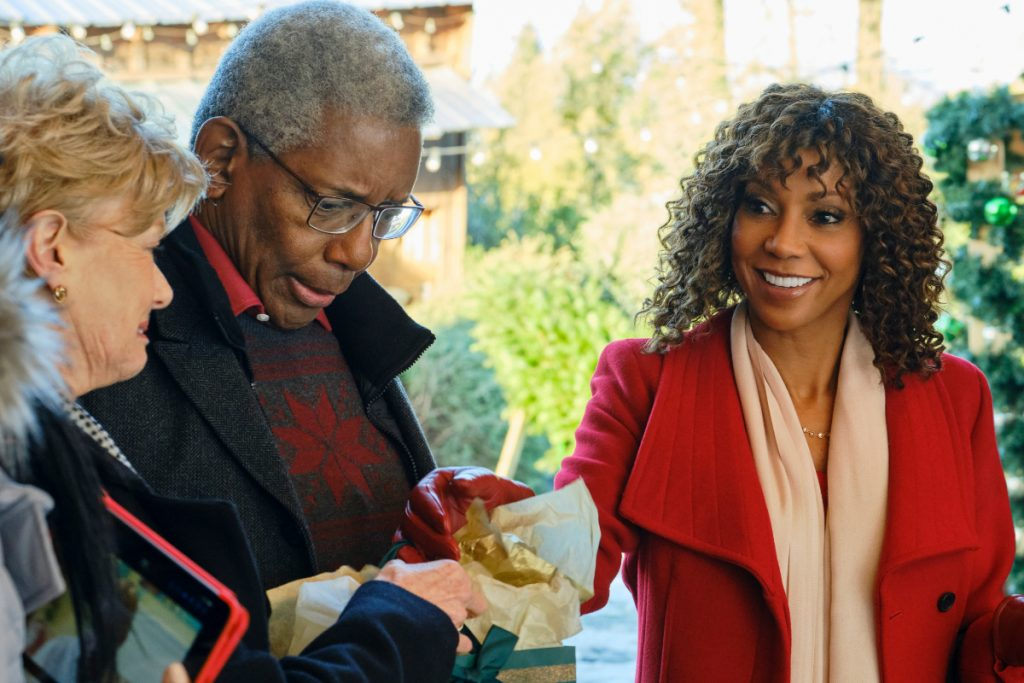 'Christmas in Evergreen: Bells are Ringing': Cast, Preview & More on the 2020 Hallmark Movie Starring Holly Robinson Peete