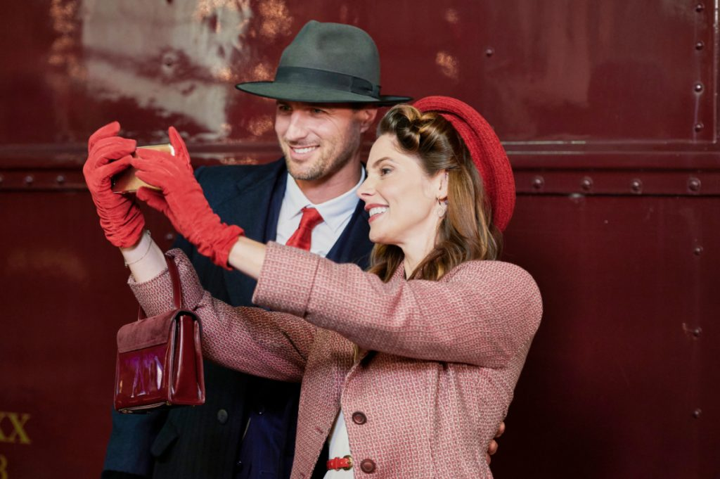 Ashley Greene and Brendan Penny on A Little Christmas Charm on Hallmark