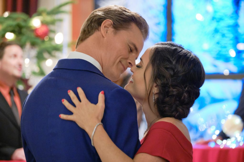 Dylan Neal and Danica McKellar on Christmas She Wrote