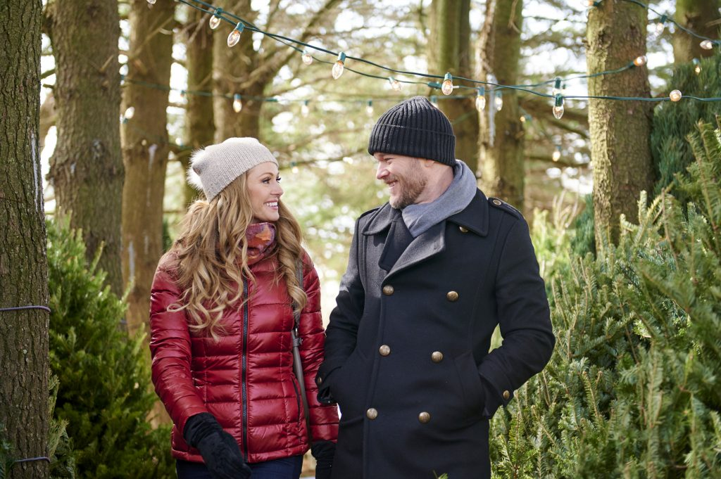 Lifetime's 'The Santa Squad' Airs Tonight- See Full Cast & Trailer