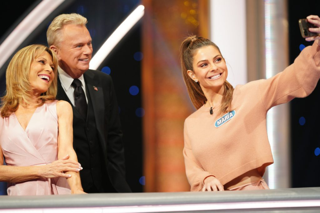 Maria Menounos, Constance Zimmer, & Yvette Nicole Brown on 'Celebrity Wheel of Fortune'