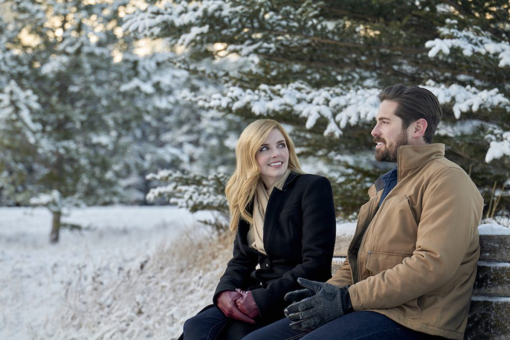 'Snowkissed': Jen Lilley & Chris McNally Star in New 2021 Hallmark Movie