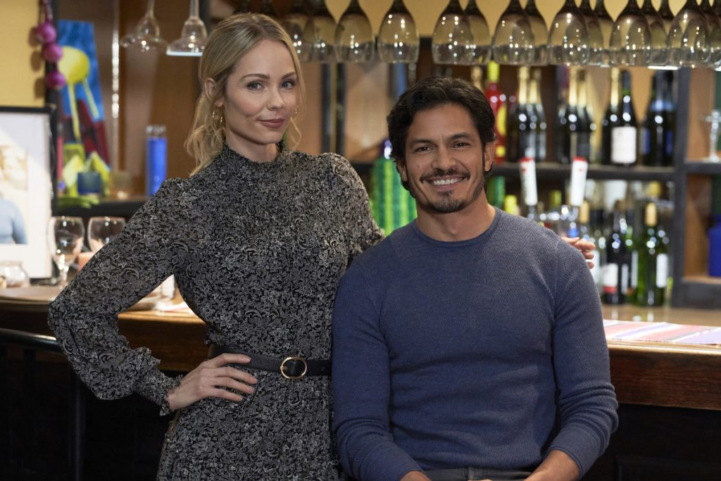 'Playing Cupid': Laura Vandervoort & Nicholas Gonzalez Star in New Hallmark Movie