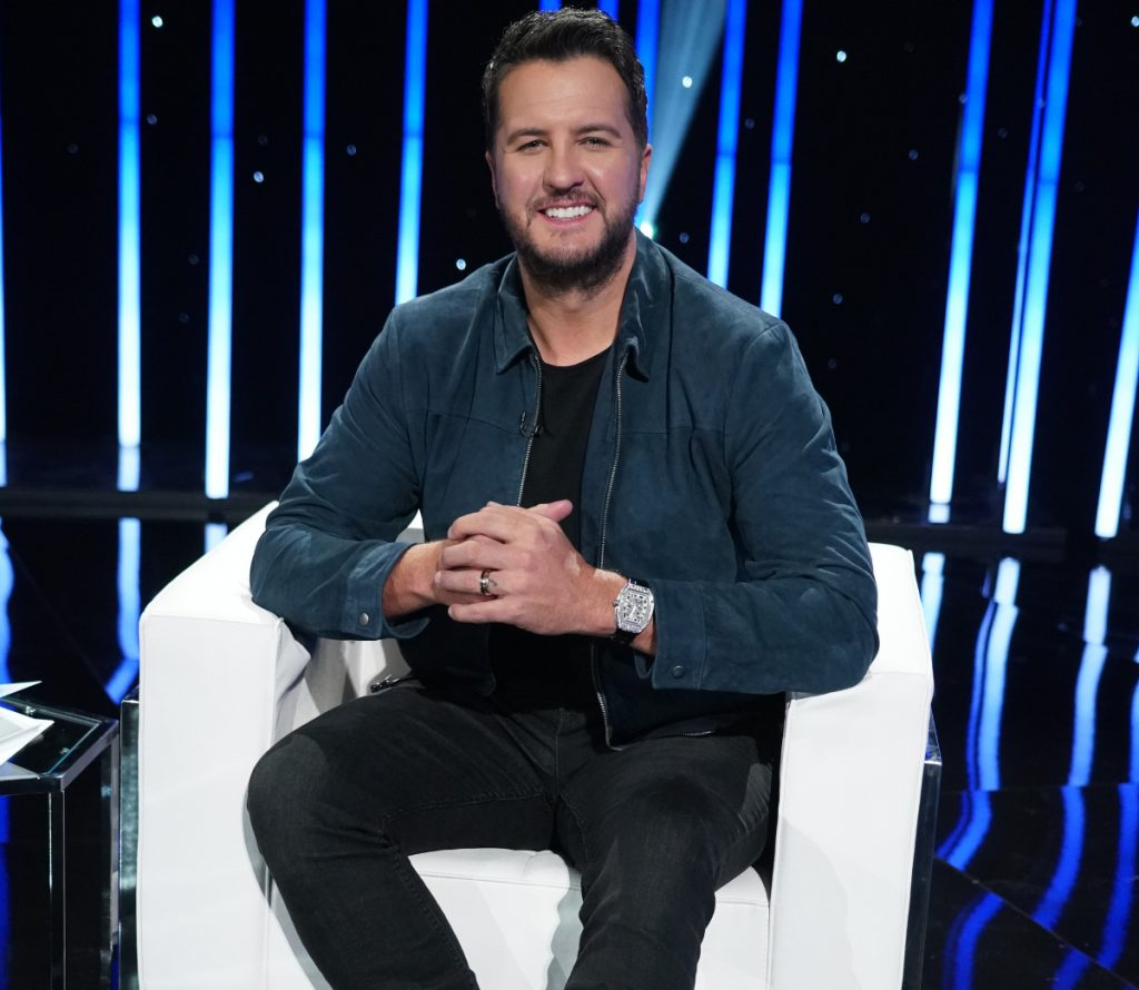 Luke Bryan Dances to 'The Right Stuff' from NKOTB on 'American Idol'