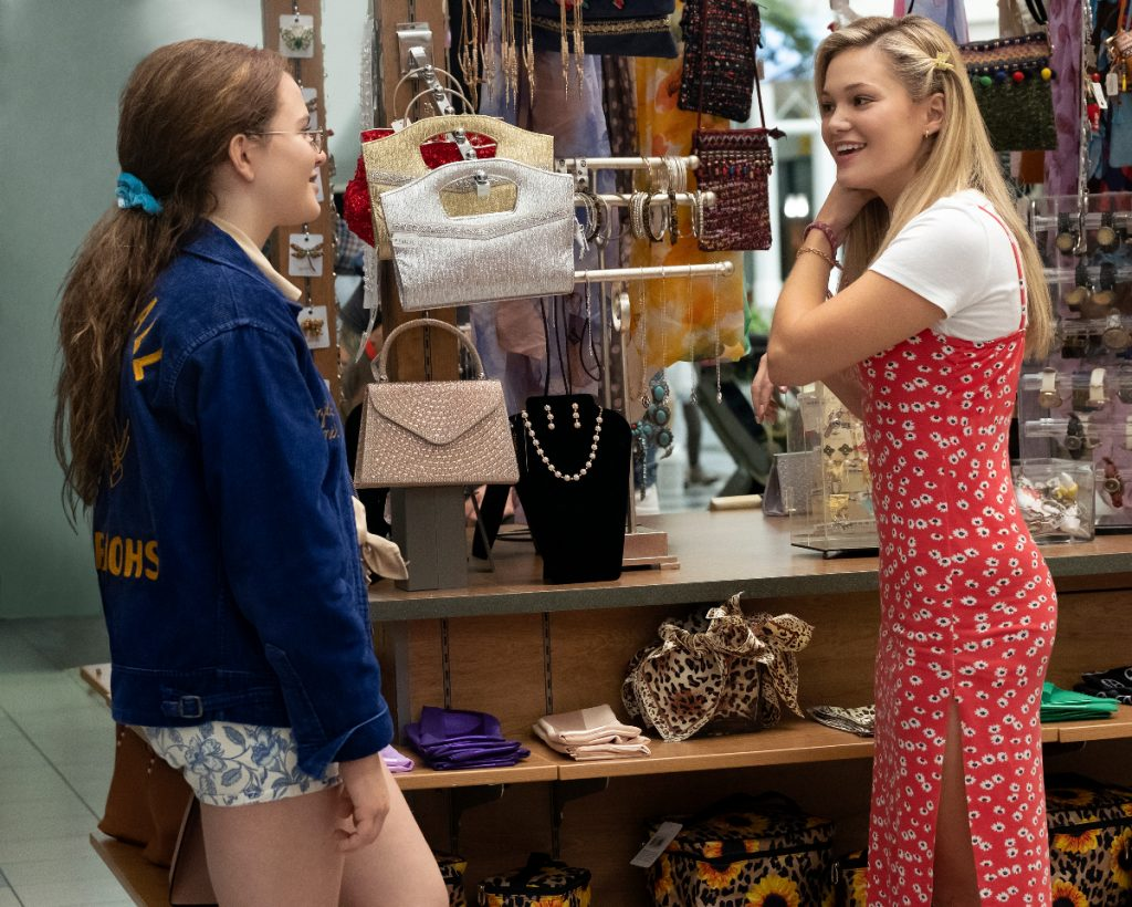 Olivia Holt's Funny Moment Transforming Into 90's Character for 'Cruel Summer'