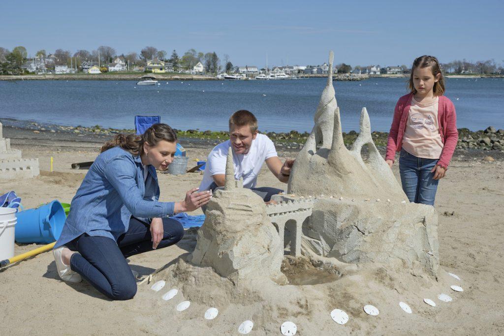 Aly Michalka & Chad Michael Murray's New Hallmark Movie 'Sand Dollar Cove' – Filming, Favorite Scenes, & More