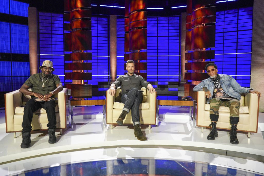 Lil Rel Howery, D.L. Hughley and Joel McHale Appear on 'To Tell the Truth'